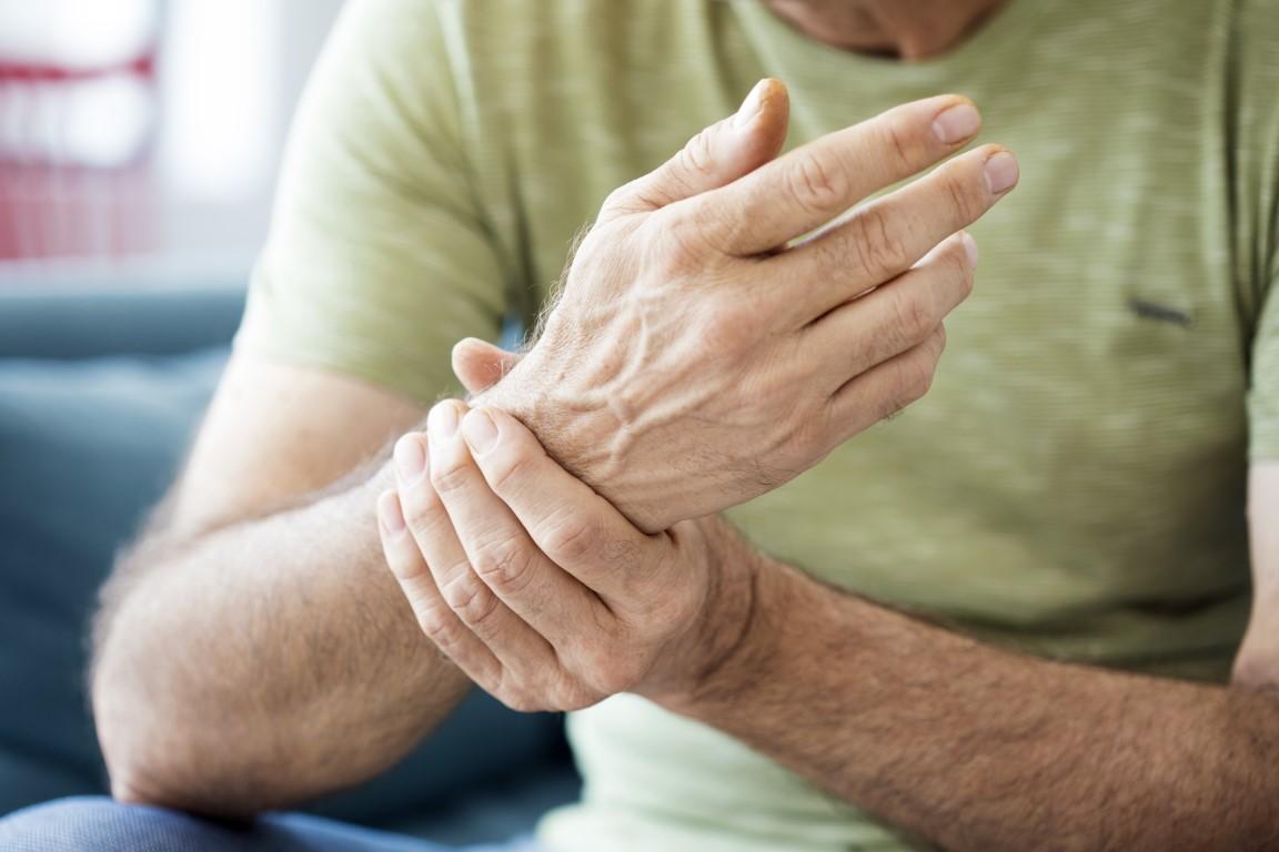 Was kann ich bei Knochen-, Muskel- oder Gelenkschmerzen tun?